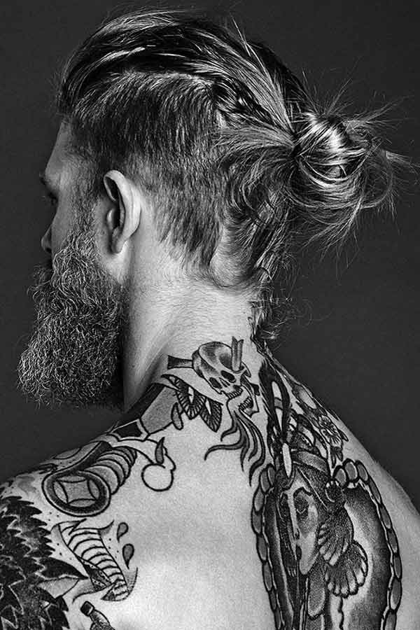 Messy Man Bun With Undercut #manbun #menslonghairstyles #undercut