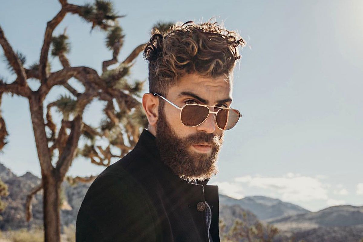30+ Latest Short Curly Hairstyles For Men To Keep Your Crazy Curls On Trend