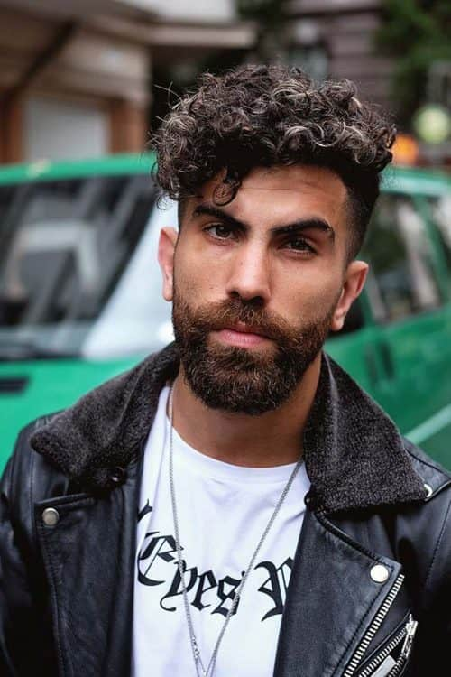 Get To Cutting #howtotrimabeard #hipsterhairstyles #curlylongtop #highfade #beard