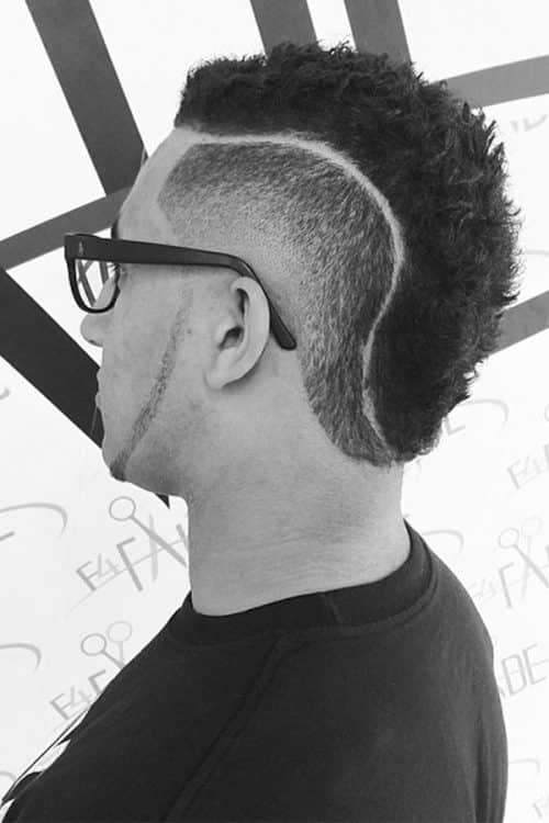 Razor Line Mohawk Haircut #razorlinecut #disconnectedcut #fadehaircut