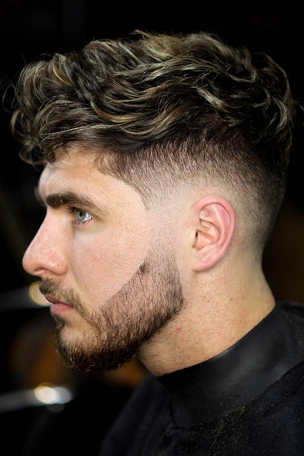 Curly Hair And Undercut Fade #curlyhairstyle #curlyhair #curlyhairmen #menwithcurlyhair #curlymen
