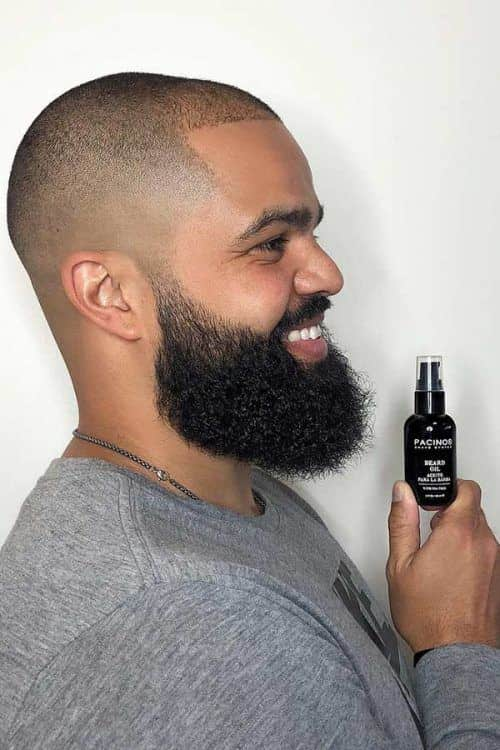How To Make Right Choice When Buying Beard Oil #bestbeardoil #beardcareproducts #facialhair