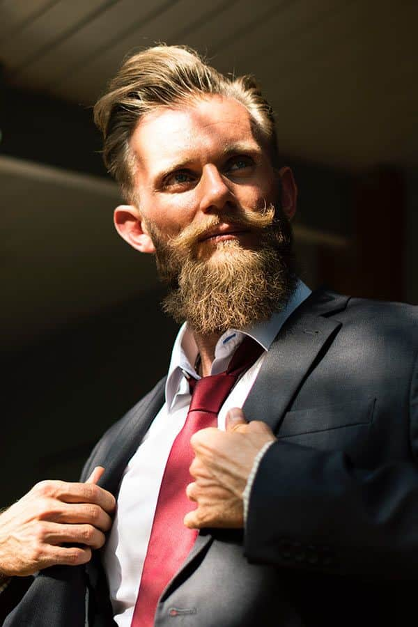 What To Do About A Patchy Beard #howtogrowabeard #mustache #facialhair #menshaircuts #goatee #patchybeard
