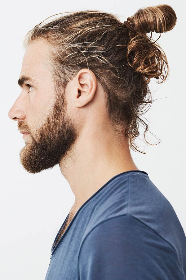 High Curly Messy Bun #samuraihair #samuraibun #manbun