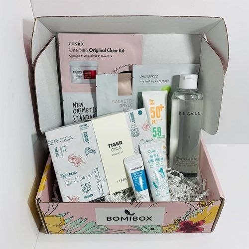 Personal Care Box #christmasgifts #giftsforher #christmaspresent