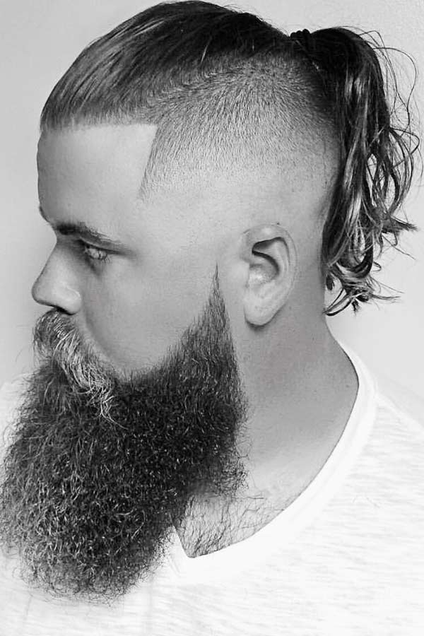Long Man Ponytail With Undercut Fade #manponytail #longhairstylesformen #undercut #fade