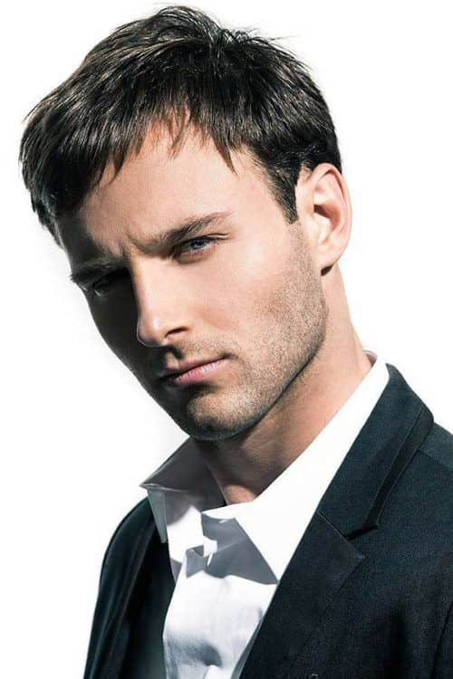 The Simple Layered Hairstyle #promhairstylesformen #layeredhairmen #shorthaircuts