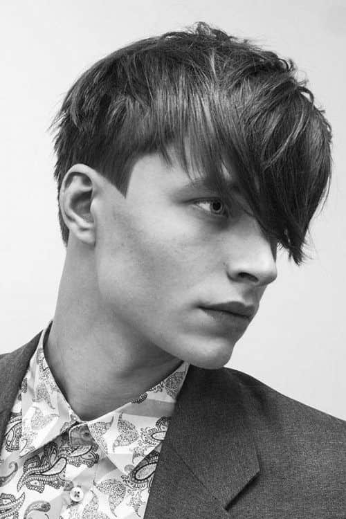 The Side Swept Style #promhairstylesformen #sideswept #mediumhairstylemen #teenagehaircut