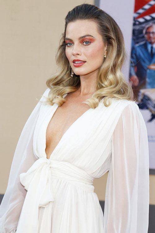 Margot Robbie #hotwomen #hottestwomen