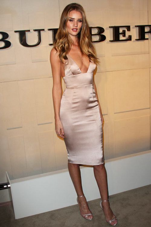 Rosie Huntington-Whiteley #hotwomen #hottestwomen #hottestwomenintheworld