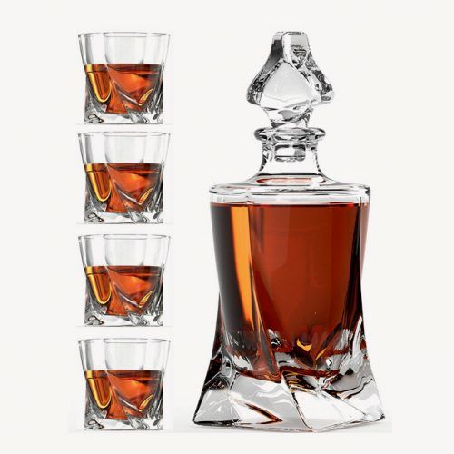 Whiskey Glass Set With Glass Whiskey Decanter (Willow And Everett)  #fathersdaygifts #lifestyle