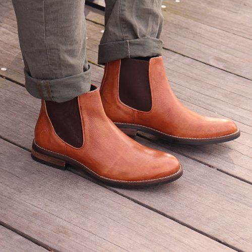 Chelsea Boots & How To Wear Them #businesscasualshoes