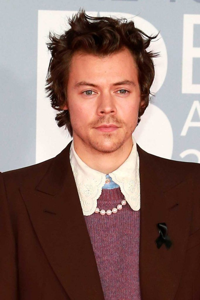 Harry Styles New Haircut – Short Spikes #harrystyles #harrystyleshaircut #harrystyleshair