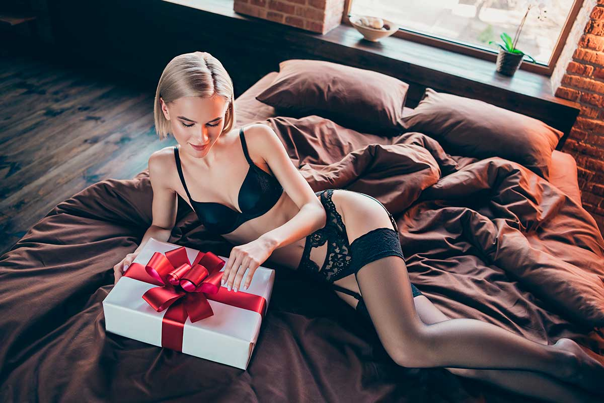 Valentine's Day Gifts For Her To Make This Day Unforgettable